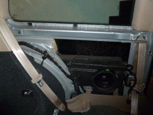 démonter hauts parleurs arrières golf4 IV (22)