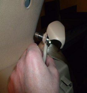 fixations des ceintures arrières golf4 IV (24)